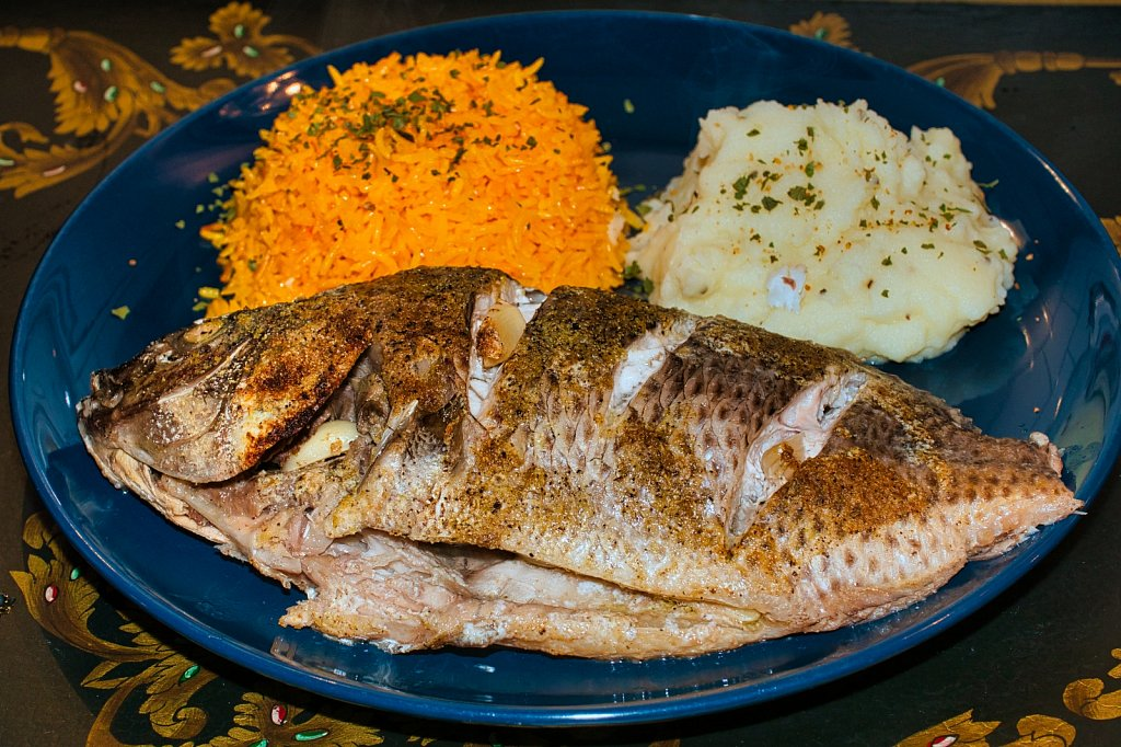 Fish-Plate-Leica-45mm.jpeg