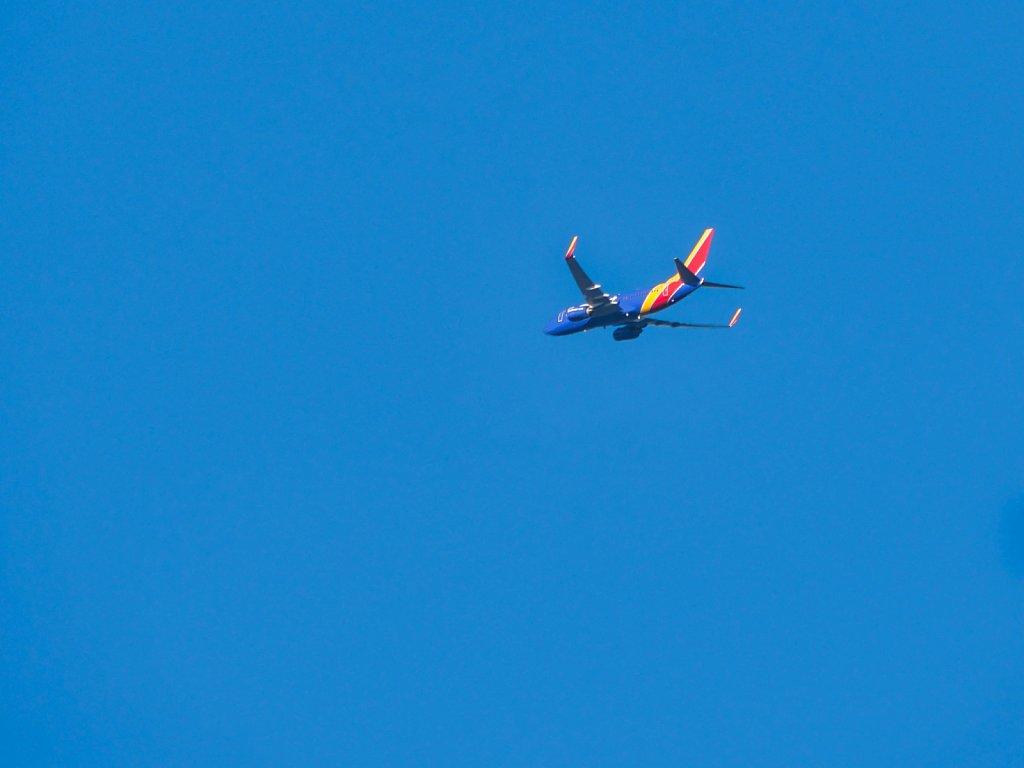 Airplane-Blue-Sky-Lumix-100-300.jpeg