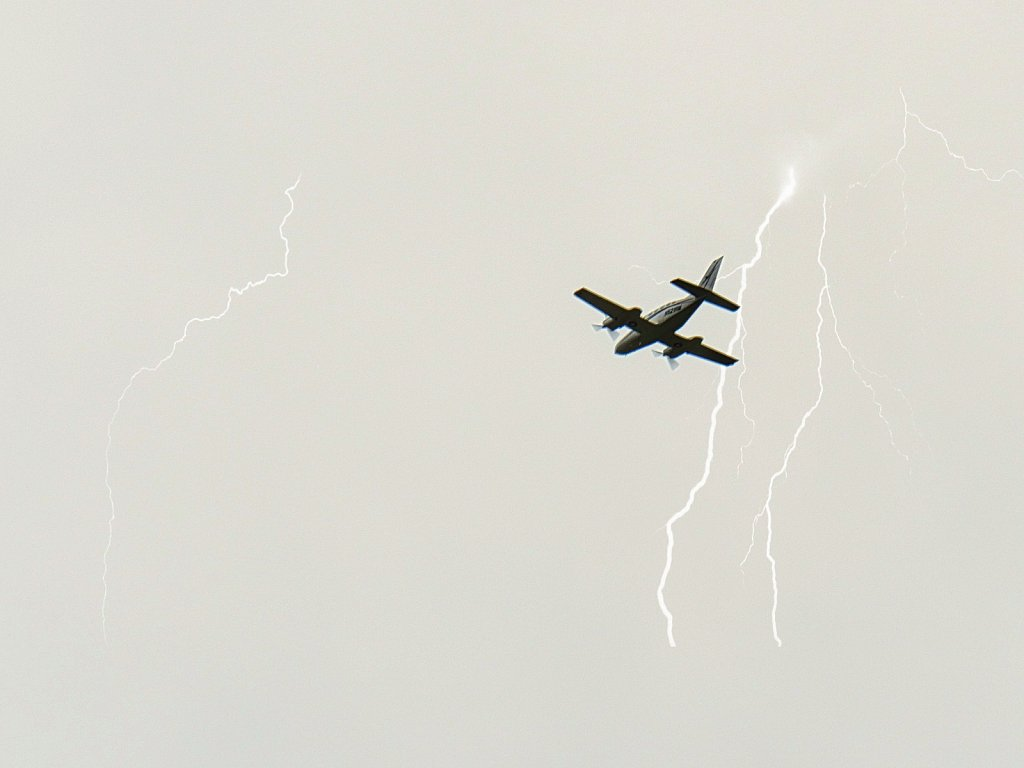 Airplane-Bi-Motor-and-Lightnings.jpeg
