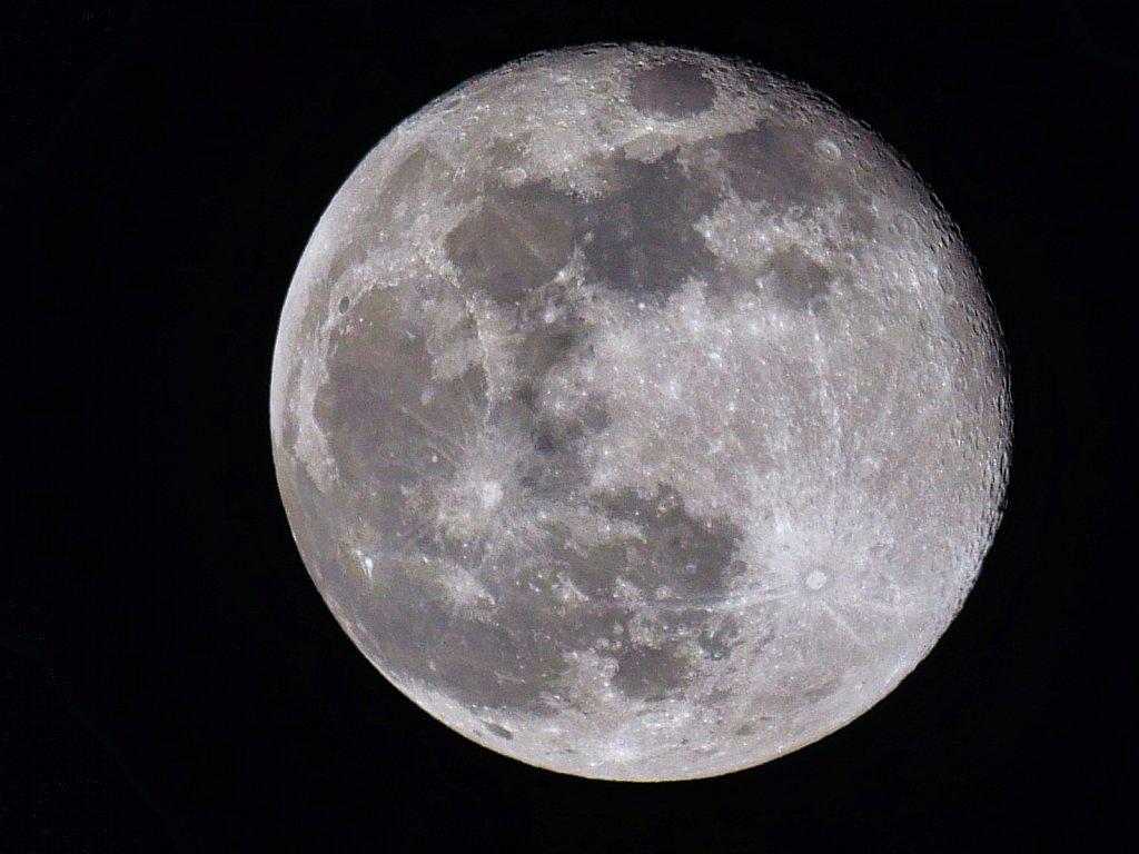 Full-Blue-Moon.jpeg