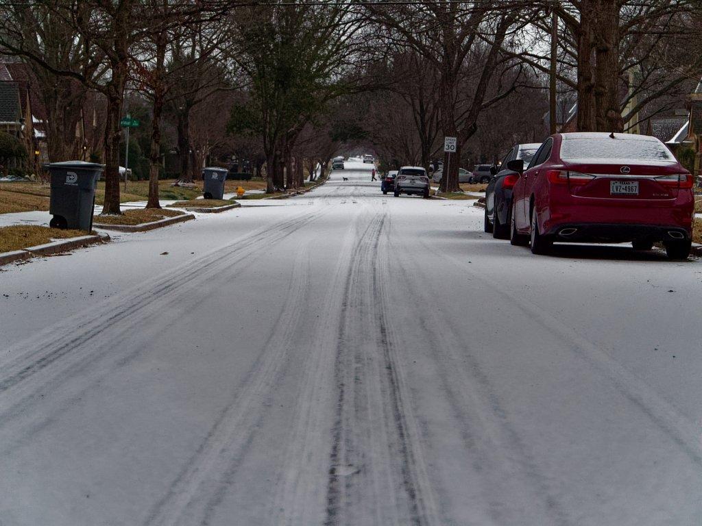 Dallas-Ice-Storm-2021-00002.jpg
